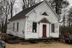 Schoolhouse-on-it-new-foundation-2019-11-20-IMG_3330-JA