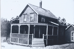 Locale-Prouts-Neck-House-on-Harmon-St.-96.13.4-CC