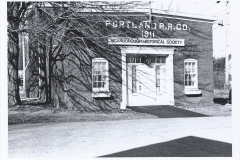 Organizations-Scarborough-Historical-Society-Building-before-tree-cut-95.11.4