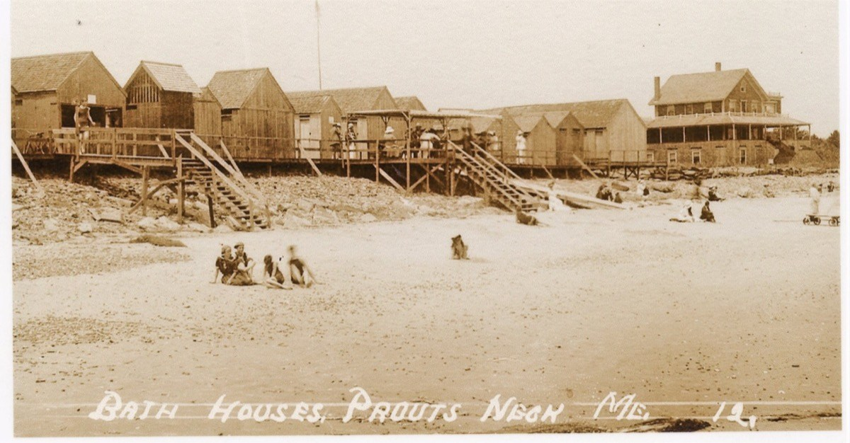 Bath-Houses-Prouts-Neck-ME-12-Photo-posted-to-Facebook-by-Linda-McLoon