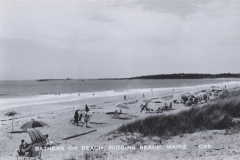 Higgins Beach - Bathers on Beach - Higgins Beach, ME - C98 - 95.78.3