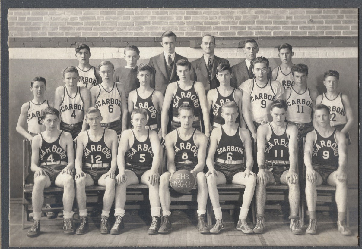 Scarborough-HS-Basketball-Team-1940-1941-2019.38.01a
